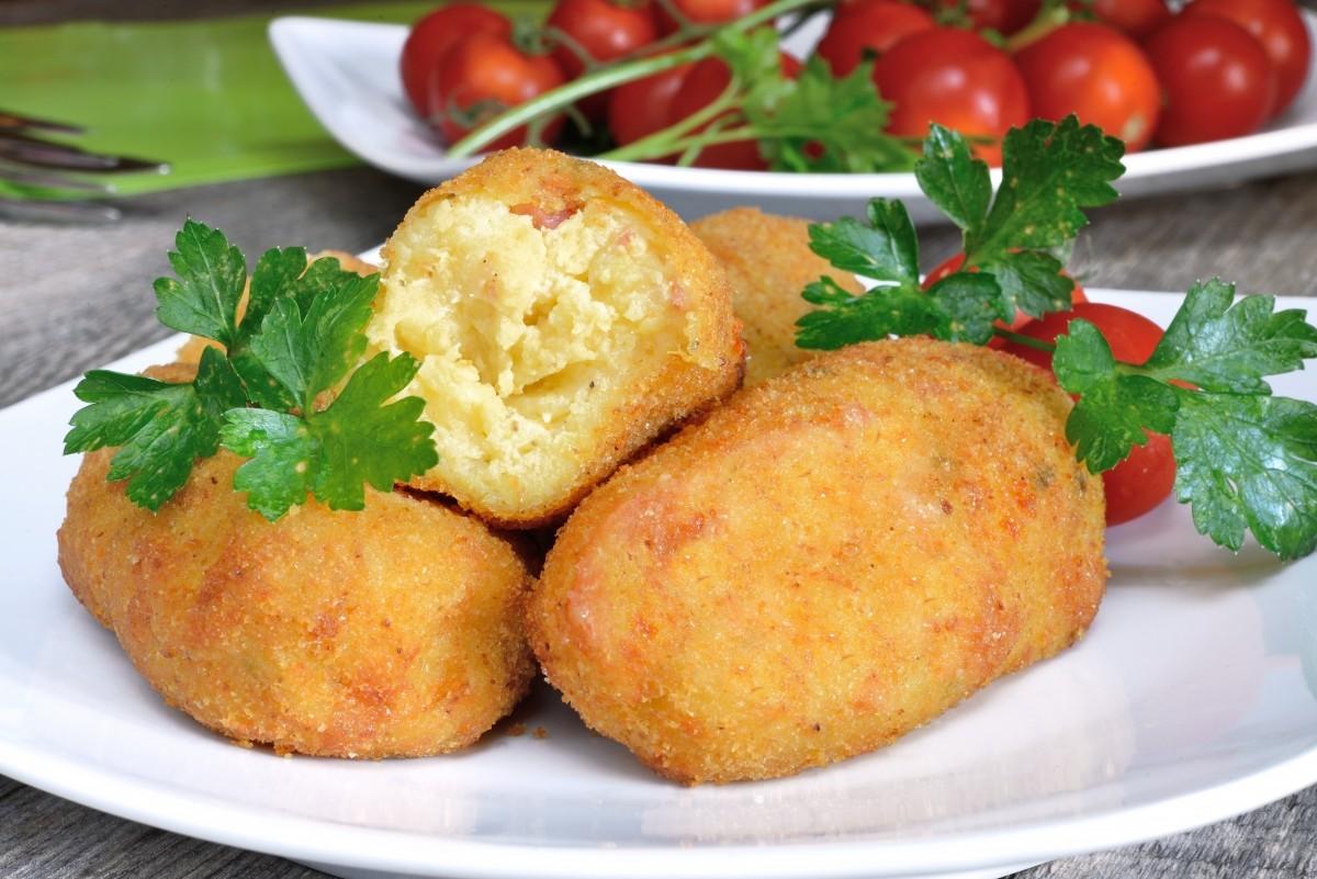 spanische kroketten_spanissimo_croquettes of potatoes